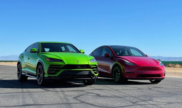 Lamborghini Urus vs. Tesla Model Y Performance: спорткроссоверы сравнили в ускорении на прямой